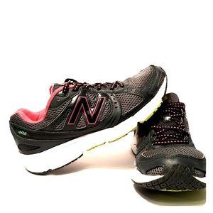New Balance Women's WE495GP2 Athletic Running Shoe